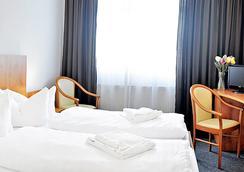 Apart Hotel Ferdinand Berlin - Berlin - Bedroom