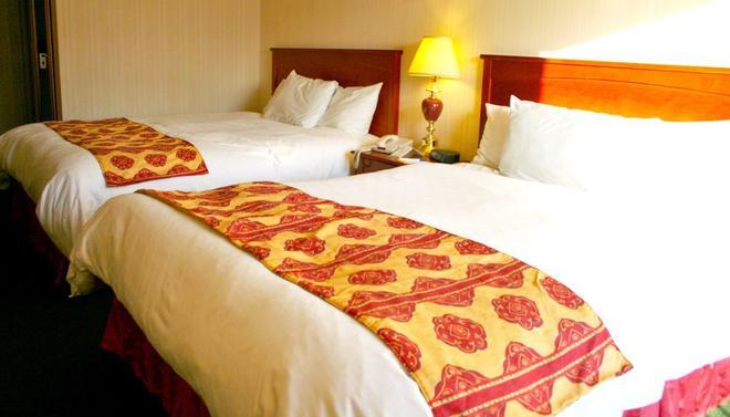 Niagara Falls Courtside Inn - Niagara Falls - Bedroom