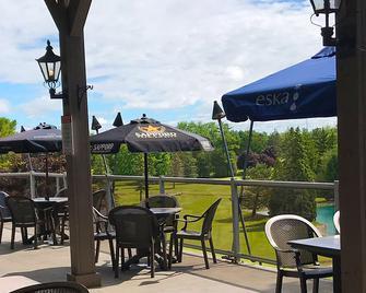 Oakwood Resort - Grand Bend - Patio