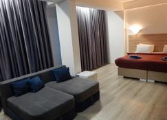 Atlas City Center Hotel - Prilep - Living room