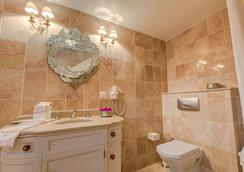Ipekyol Hotel - Çeşme - Bathroom
