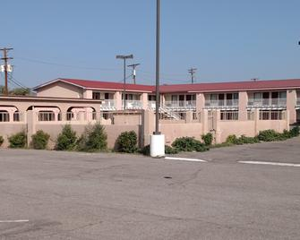 Red Roof Inn Socorro - Socorro - Building