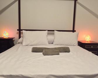Arabian Nights Pyramids Guesthouse - Giza - Bedroom