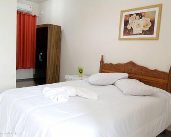 Pousada Veneza Porto Real - Porto Real - Bedroom