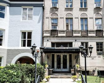 Dupont Circle Embassy Inn By Found - Washington - Building