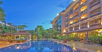Hotel Somadevi Angkor Resort & Spa - Siem Reap - Pool