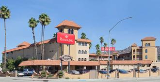 Ramada by Wyndham Burbank Airport - Burbank