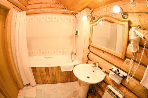 Tsargrad Hotel - Meshcherinovo - Bathroom