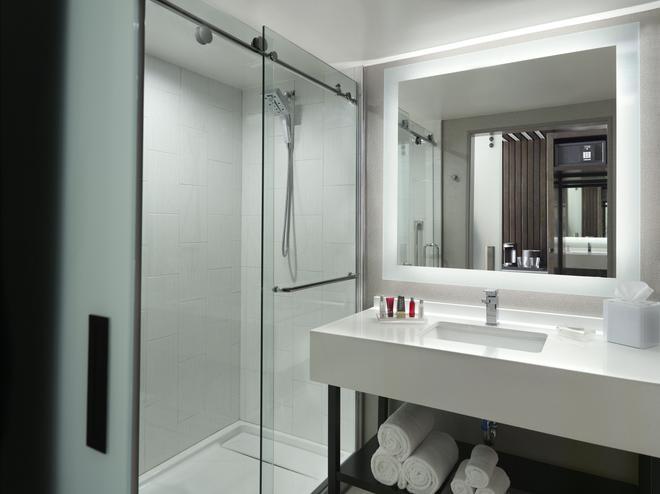 Marriott Columbus University Area - Columbus - Phòng tắm