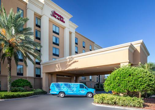 Hampton Inn & Suites Clearwater/St. Petersburg-Ulmerton Road - Clearwater - Toà nhà