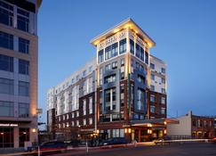 Courtyard by Marriott Akron Downtown - Akron - Edifício