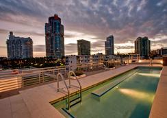 Prime Hotel - Miami Beach - Uima-allas
