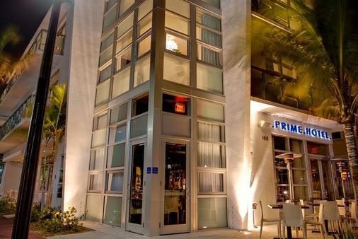 Prime Hotel - Bãi biển Miami - Toà nhà