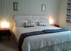 Swiss Cottage Bed and Breakfast - Great Yarmouth - Bedroom