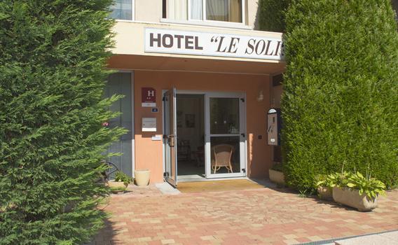 Hotel Le Soli dès 69 € (7̶0̶ ̶€̶)  Auberges à Saint-Julien