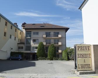 hotel le Soli - Saint-Julien-en-Genevois - Gebäude