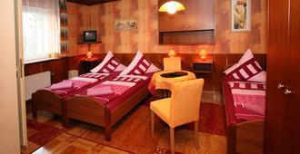 Hotel-Pension Klaer - Speyer - Bedroom