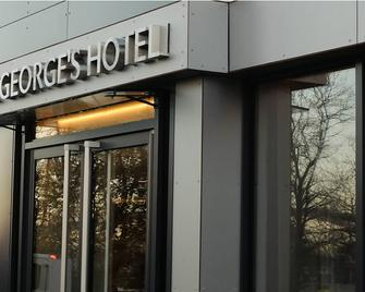 St George's Hotel - Wembley - Wembley - Building