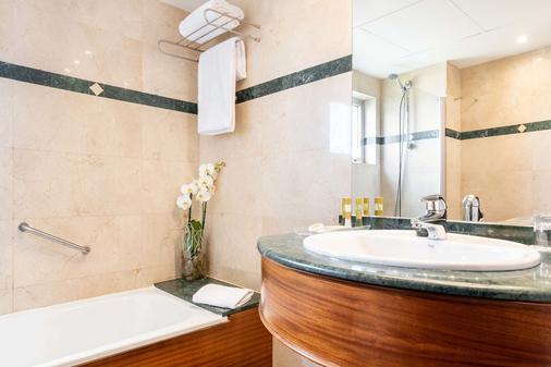 Eurostars Ciudad de La Coruña - La Coruña - Bathroom