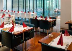 Vienna House Andel's Prague - Πράγα - Εστιατόριο