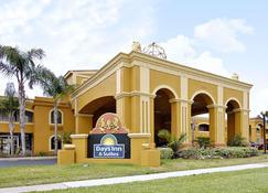 Days Inn by Wyndham Orlando/International Drive - Orlando - Edificio
