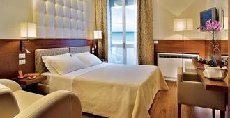 Alexandra Plaza - Riccione - Bedroom