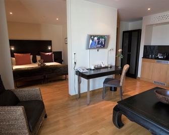 Maude's Hotel Solna Business Park - Solna - Slaapkamer