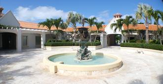 蔚藍景觀飯店 - 普羅維登西亞萊斯島