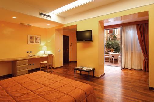 Hotel Cecil - Rooma - Makuuhuone