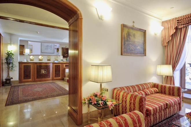 Hotel Cecil - Rooma - Olohuone
