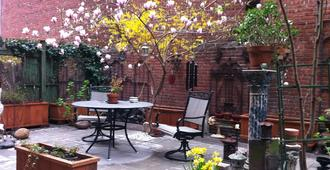 Mount Morris House - New York - Patio
