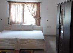 Nap Lodge - Accra - Bedroom