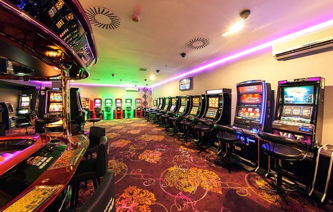 杜鷗酒店 - 布拉格 - 布拉格 - 賭場