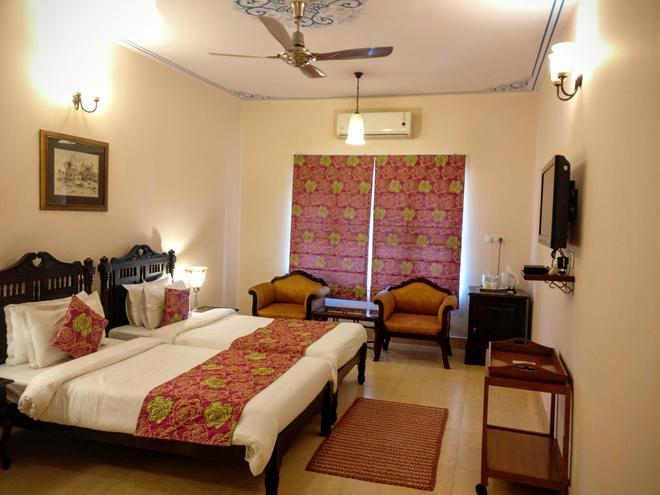 Suryaa Villa - A City Centre Hotel - Jaipur - Habitación