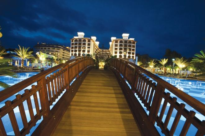Quattro Beach Spa & Resort - Alanya - Edificio