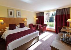 Savill Court Hotel And Spa - Egham - Bedroom