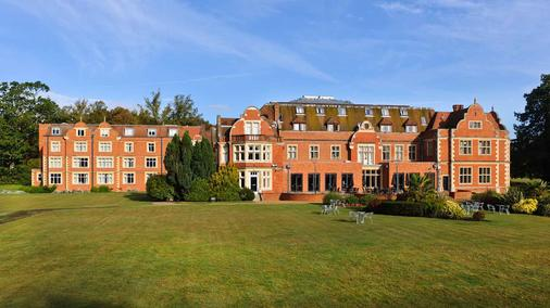 Savill Court Hotel And Spa - Egham - Building