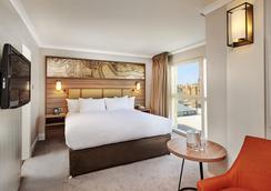 倫敦多克蘭河濱希爾頓逸林酒店 - 倫敦 - 臥室
