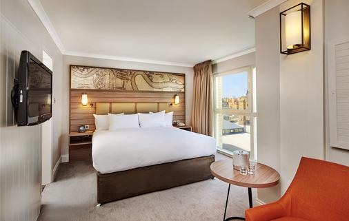 DoubleTree by Hilton London - Docklands Riverside - London - Bedroom