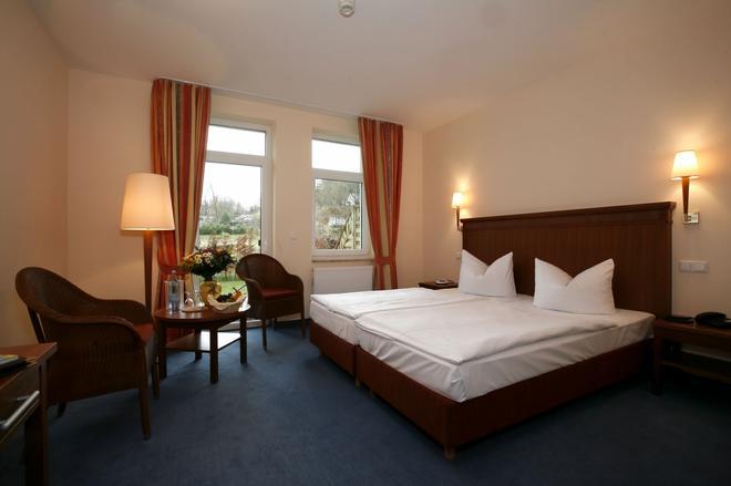 Seehotel Heidehof - Klein Nemerow - Bedroom