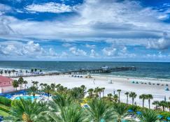 The BeachView Inn - Clearwater Beach - Strand