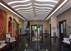 Boulevard Palace Hotel - Monrovia - Lobby