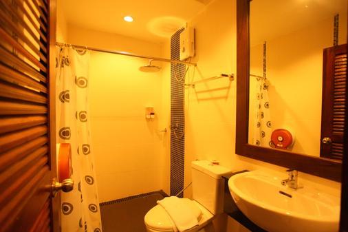 Phuket Abc Groups - Bãi biển Patong - Phòng tắm