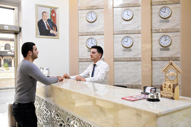 Consul Hotel - Baku - Front desk