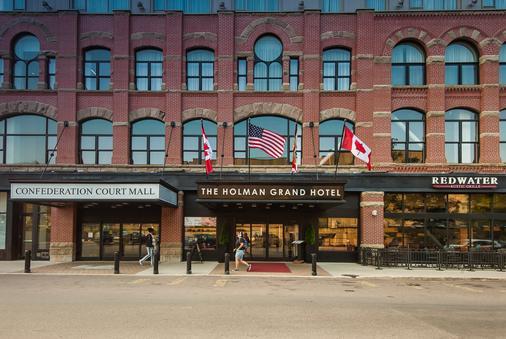 The Holman Grand Hotel - Charlottetown (Prince Edward Island) - Building