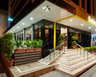 Sultan Hotel - Mersin - Building