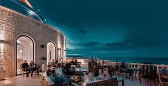米茨斯拉古娜獨家渡假村及水療中心 - 式 - 赫索尼索斯 - 赫索尼索斯 - 酒吧