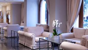 Mitsis Petit Palais Beach Hotel - Rhodes - Living room
