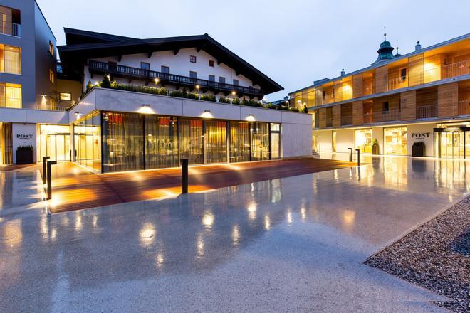 Hotel & Wirtshaus Post - St. Johann in Tirol - Building