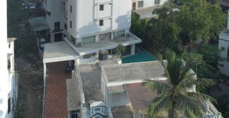 Hotel Aditi - Vadodara